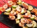 Рецепта Шишчета от скариди с мед и лимон на скара